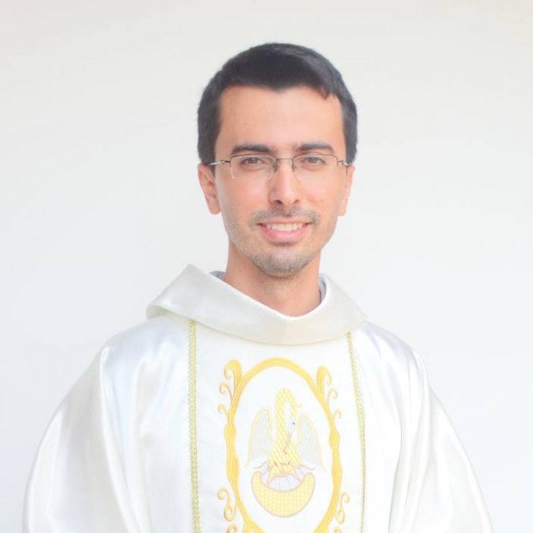 Pe. Ednaldo Vinícius Correia